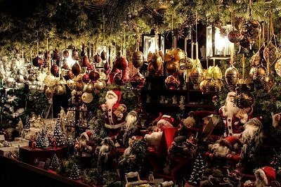 visit a Christmas market after you house relocation to London
