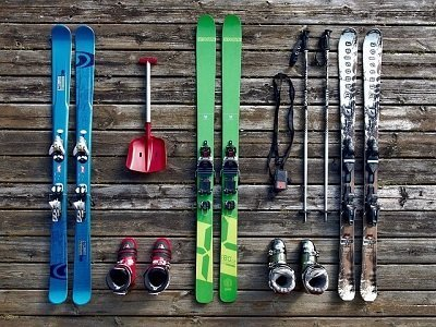 store your ski gear in a London storage