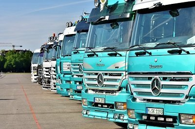 international moving trucks